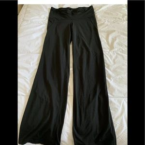 Champion Athletic Pants Medium Womens Black Capris